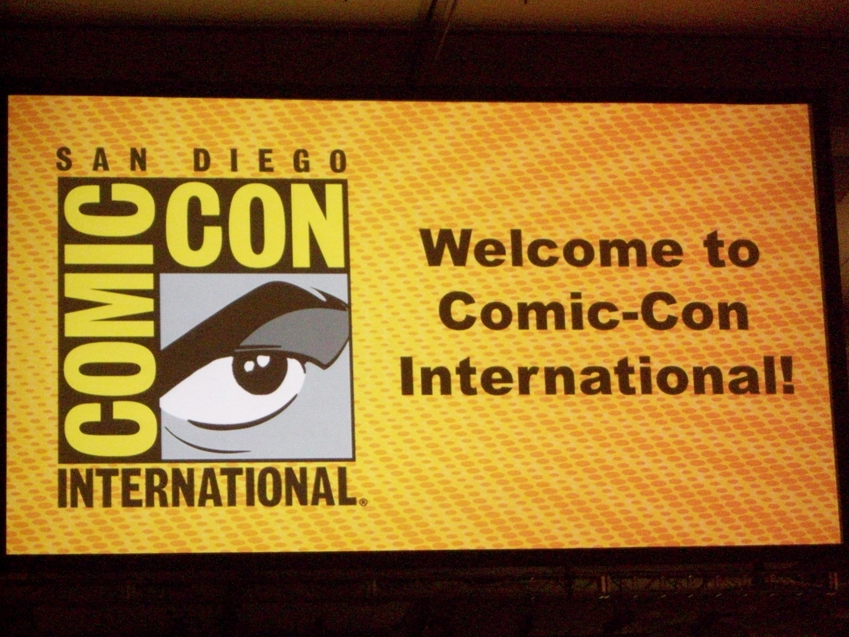 We return to my San Diego Comic Con wrap up, and we're at the panels! Now I didn't go to...